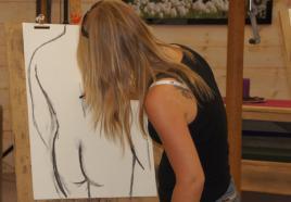 Naakt en schilderen: suf vrijgezellenfeest?
